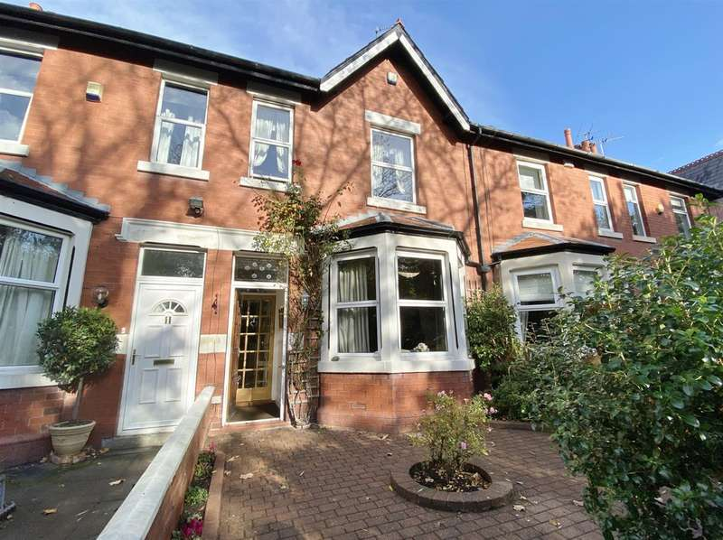 3 Bedrooms Terraced House for sale in Brook Road, Lytham St. Annes