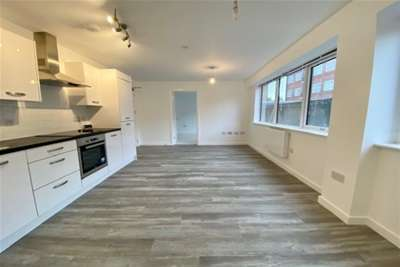 1 Bedroom Flat for rent in 12 Britannia House ST16