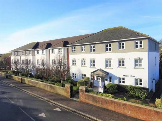 1 Bedroom Flat for rent in Meyer Court, Butts Road, EXETER, Devon