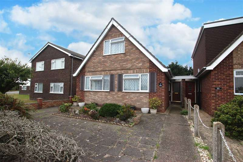 2 Bedrooms Bungalow for sale in Frinton Road, Holland-On-Sea