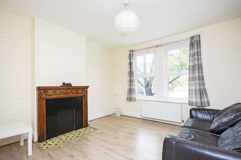 3 Bedrooms Maisonette Flat for rent in Lower Clapton Road, Clapton, E5