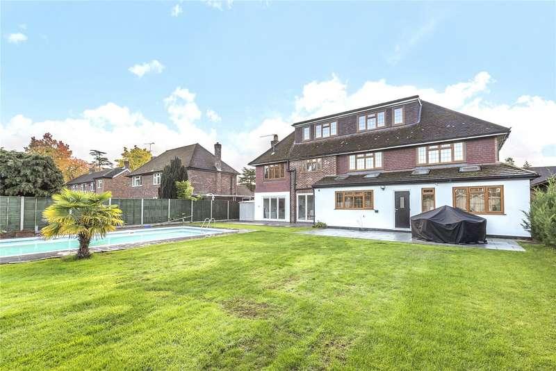 5 Bedrooms Detached House for sale in Blackwood Close, West Byfleet, KT14