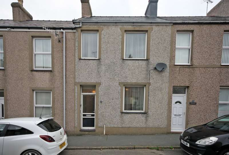3 Bedrooms Terraced House for sale in Victoria Street, Caernarfon, Gwynedd, LL55