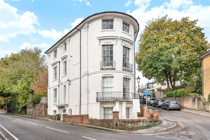 2 Bedrooms Flat for sale in Clifton Road, Winchester, SO22