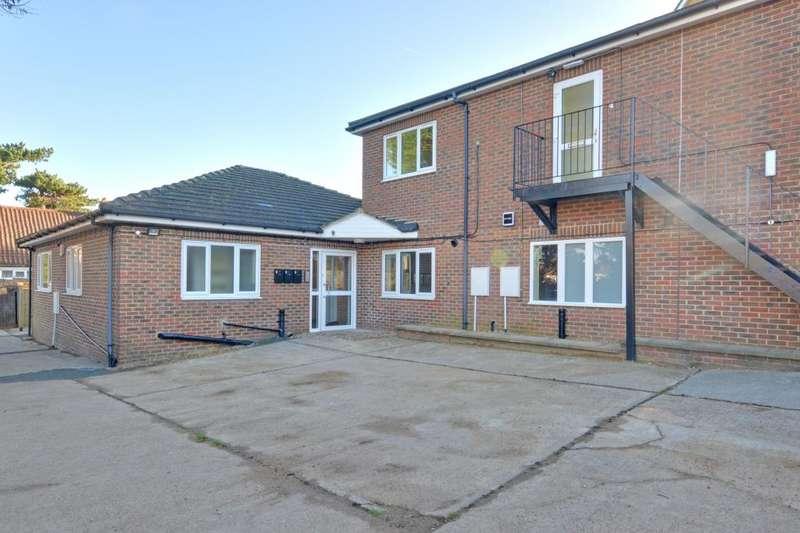 1 Bedroom Flat for rent in White Horse Hill, Chislehurst, Kent, BR7