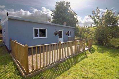 2 Bedrooms Bungalow for sale in Pont Y Crychddwr, Llanllyfni, Caernarfon, Gwynedd, LL54