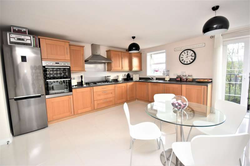 3 Bedrooms Town House for sale in Dairy Crest Drive, Newport