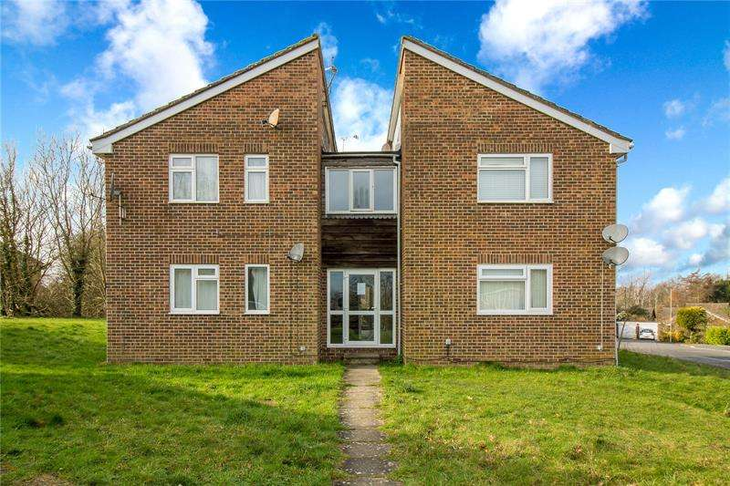 1 Bedroom Studio Flat for sale in Reedmace Close, Waterlooville, Hampshire, PO7