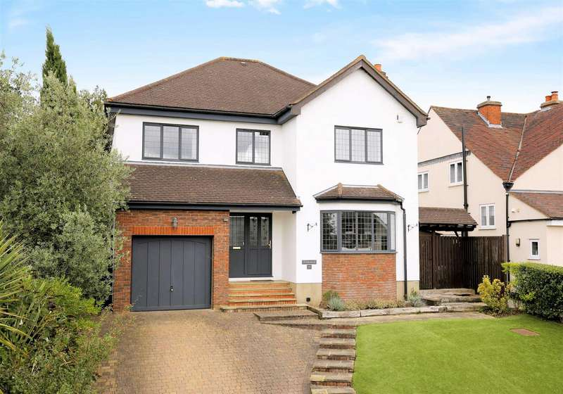 5 Bedrooms Detached House for sale in Blackacre Road, Theydon Bois