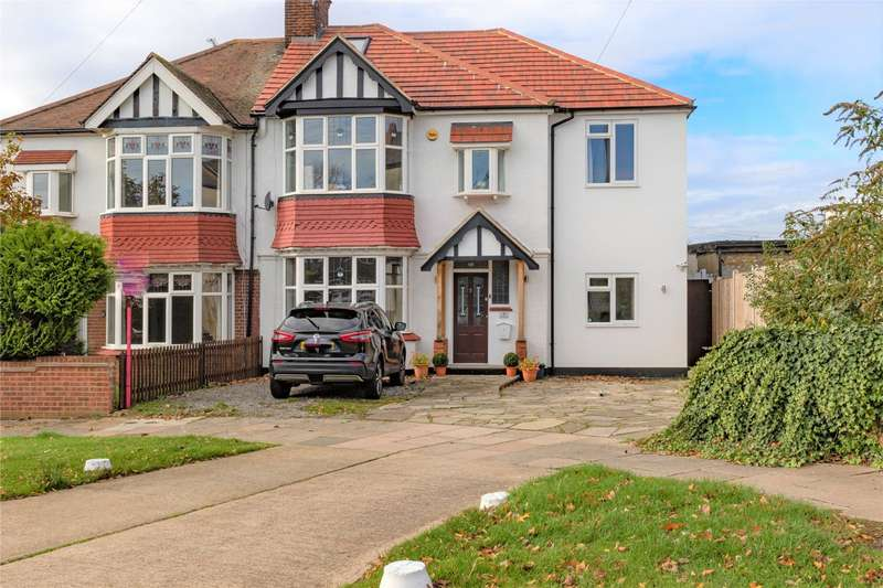 4 Bedrooms Semi Detached House for sale in Leigh Gardens, Leigh-on-Sea, SS9