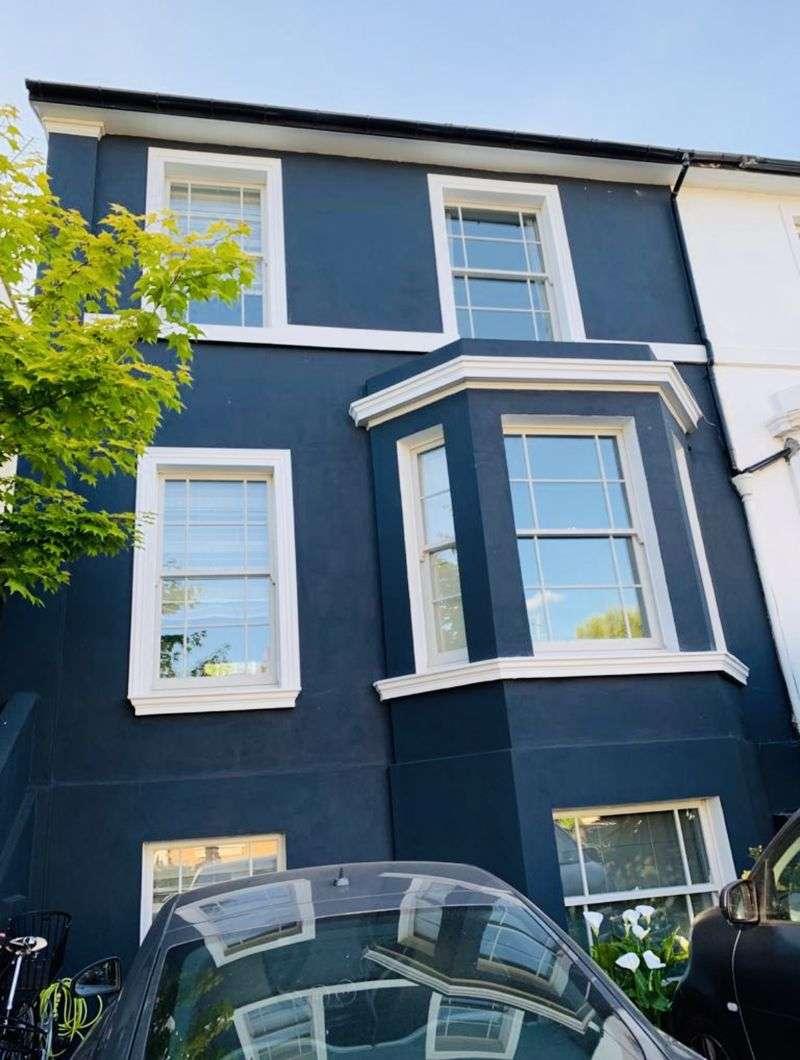 Property for rent in York Road, Aldershot