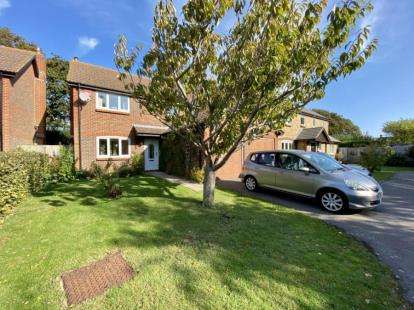 4 Bedrooms House for sale in Hayling Island, Hampshire