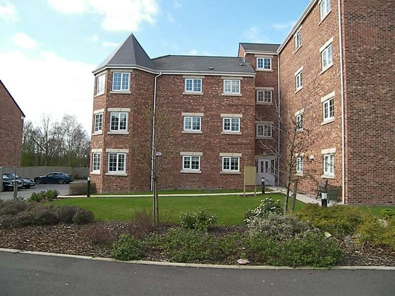 2 Bedrooms Apartment Flat for sale in Castle Lodge Gardens, Rothwell