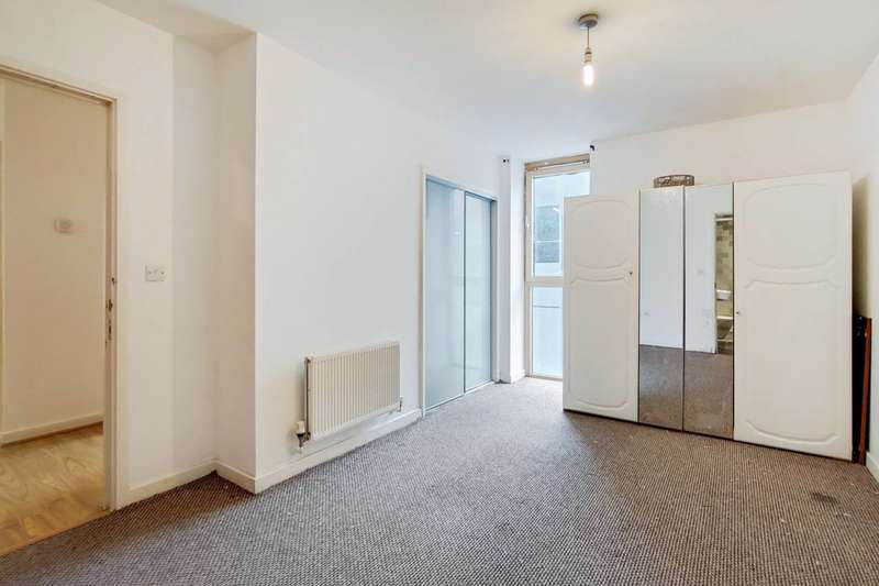 2 Bedrooms Flat for sale in Arboretum Place, Barking, IG11