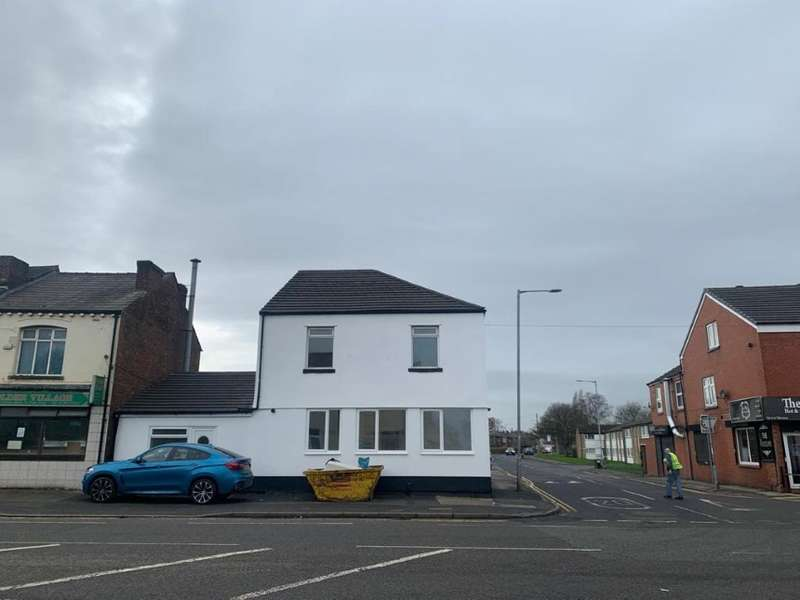 7 Bedrooms House for sale in 20 Manchester Road, Kearsley, Bolton, Lancashire