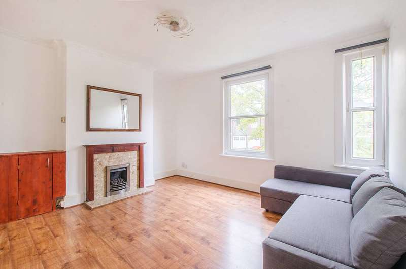 1 Bedroom Flat for sale in Eglinton Hill, Woolwich, SE18