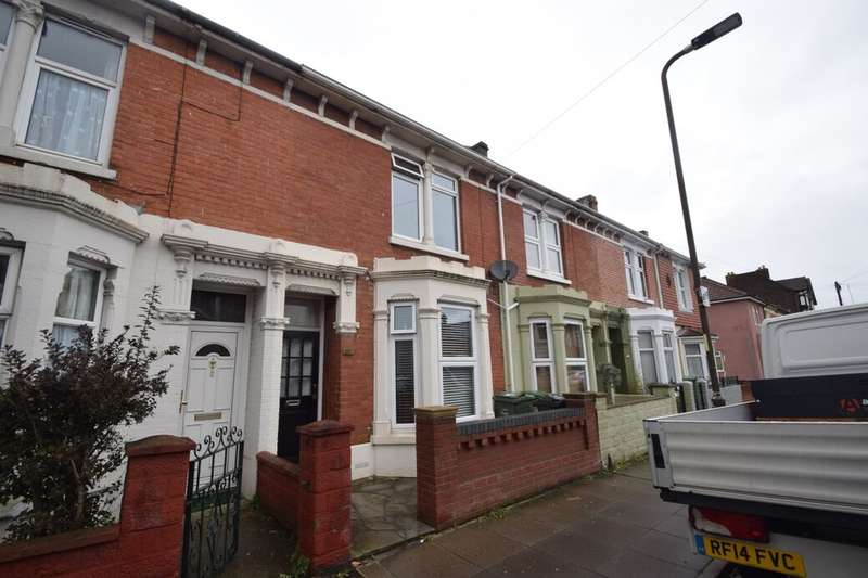 3 Bedrooms Terraced House for sale in Francis Avenue, Southsea, PO4