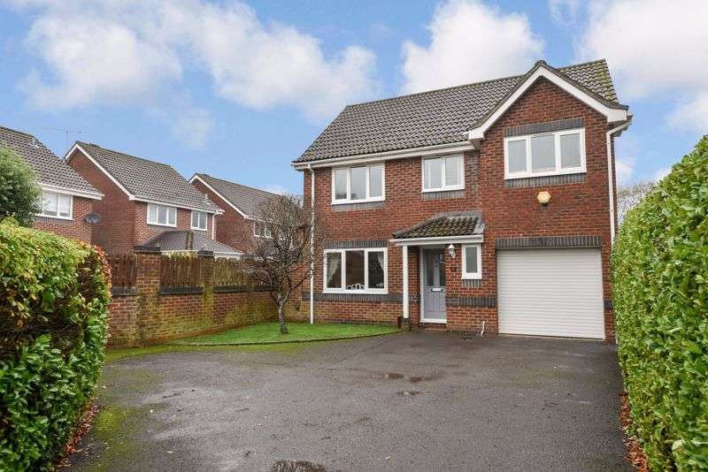 4 Bedrooms Property for sale in The Willows, Denmead