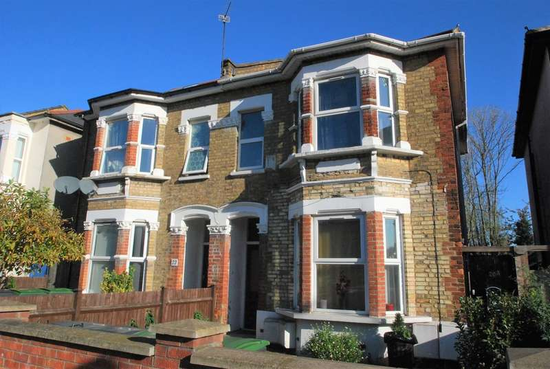 2 Bedrooms Flat for rent in Bounds Green Road , Bounds Green , N11