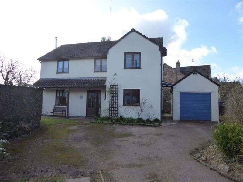 4 Bedrooms Property for sale in Clanna Road Alvington, Lydney