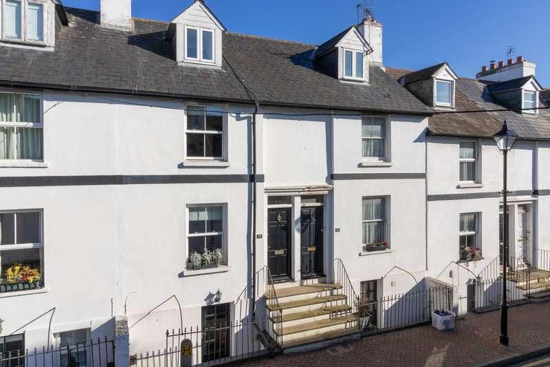 4 Bedrooms Terraced House for sale in Queen Street, Ashford, TN23
