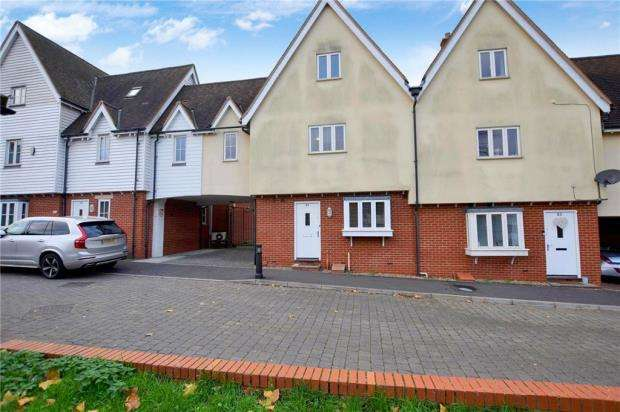 3 Bedrooms Terraced House for sale in Edward Paxman Gardens, Colchester, Essex