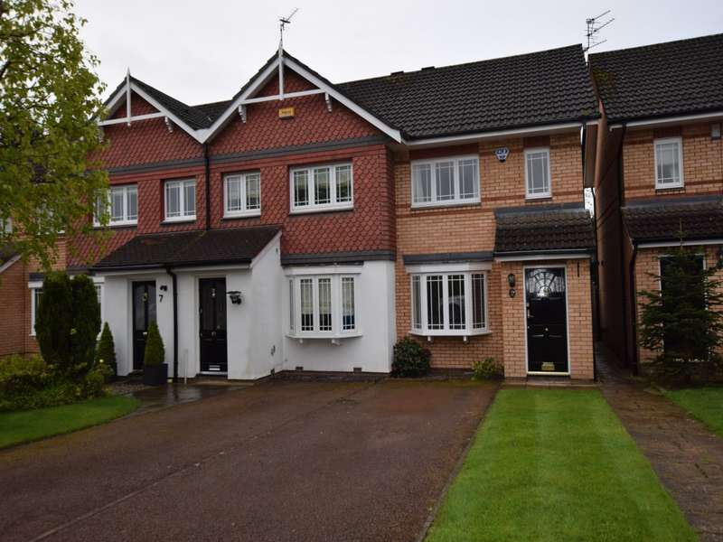 3 Bedrooms Mews House for rent in Livingstone Close, Macclesfield