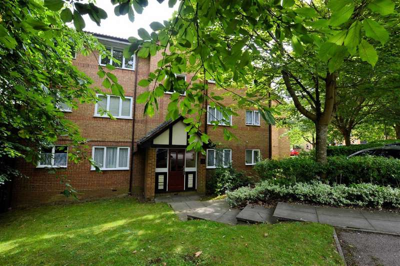 1 Bedroom Flat for rent in Woodland Grove, Epping