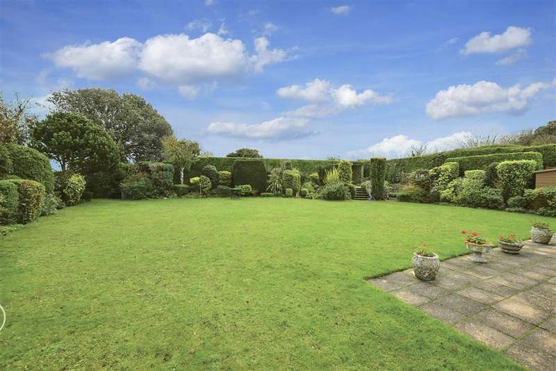 5 Bedrooms Detached House for sale in Fitzroy Avenue, , Broadstairs, Kent