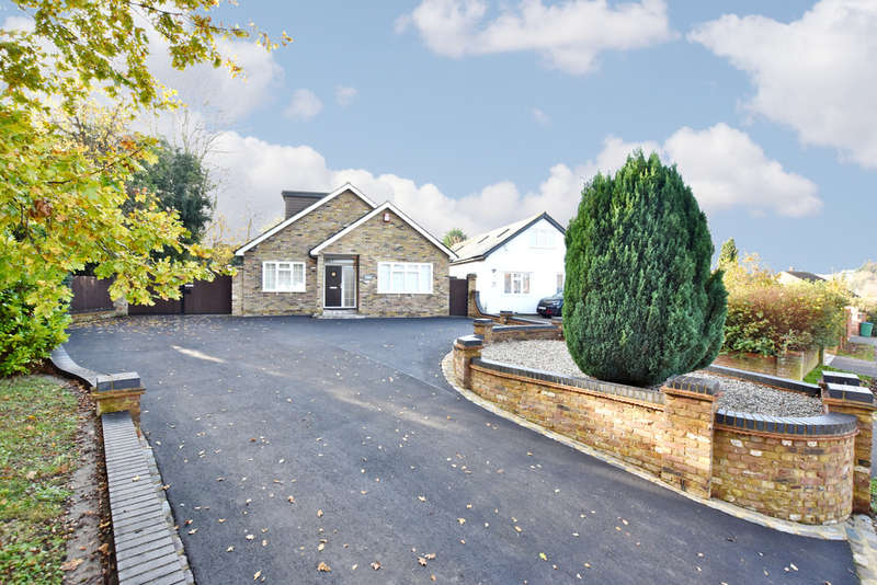 4 Bedrooms Detached House for rent in Sheepcot Lane, Watford