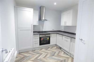Flat for rent in 2 Derby Chambers, The Rock, Bury