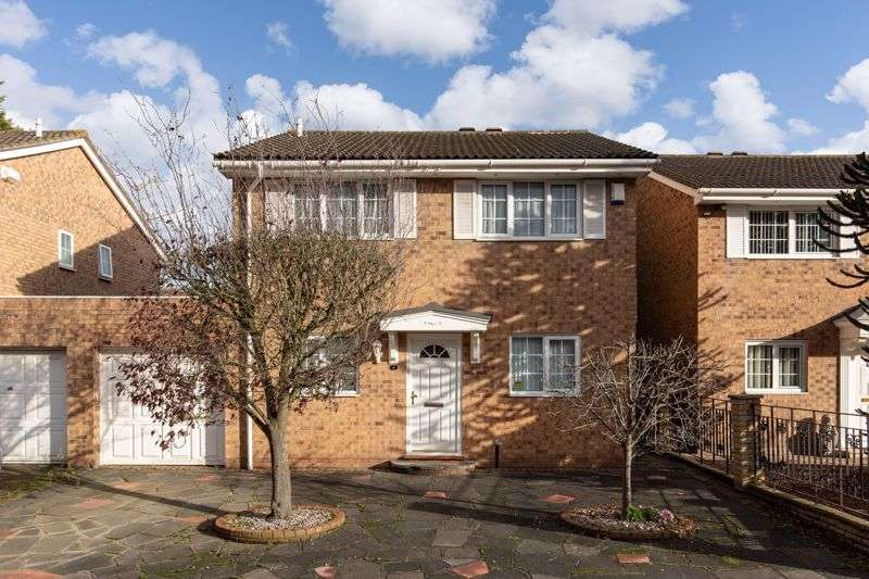 4 Bedrooms Property for sale in Lake Avenue, Bromley