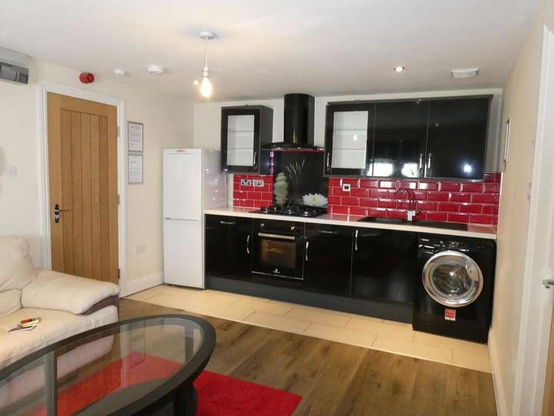 1 Bedroom Flat for rent in Tudor Street, CARDIFF