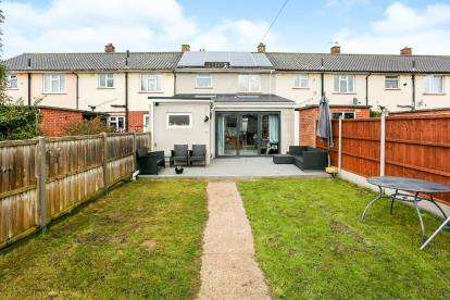 2 Bedrooms Terraced House for sale in Gosport, Hampshire, .