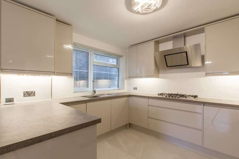 1 Bedroom Flat for rent in Parkdale, Bounds Green, N11, Bounds Green, N11