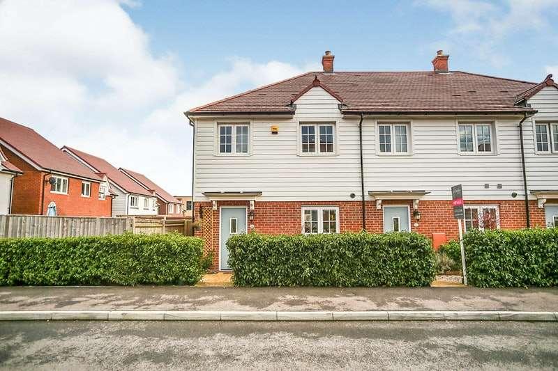 3 Bedrooms Terraced House for sale in Baker Lane, Tonbridge, Kent, TN11