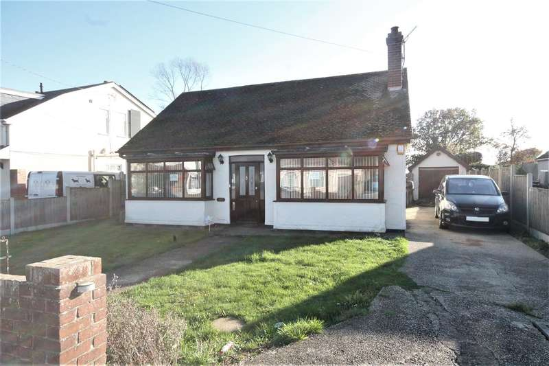 5 Bedrooms Detached House for sale in Holland Road, Little Clacton