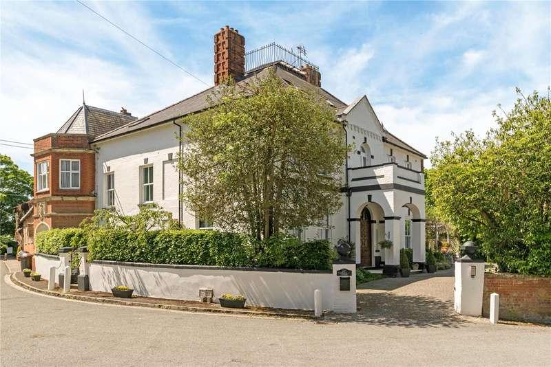 10 Bedrooms Detached House for sale in Church Street, Crondall, Farnham, GU10