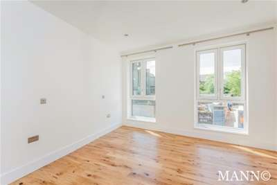 2 Bedrooms Flat for rent in Sydenham Road, Sydenham, SE26