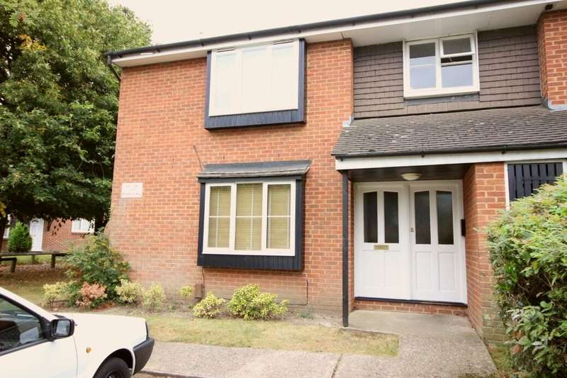 Flat for rent in Brantwood Way, Orpington, BR5