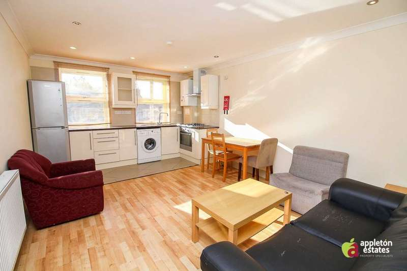 2 Bedrooms Flat for rent in Borough Hill, Croydon