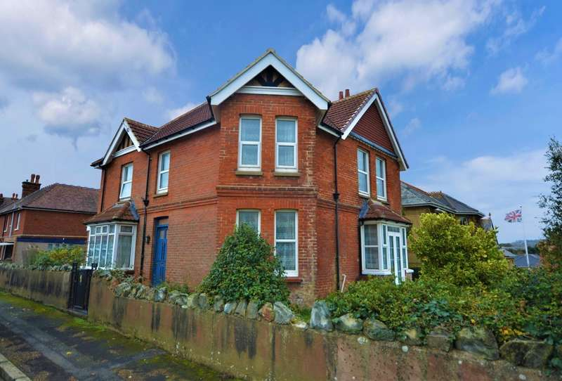 6 Bedrooms Detached House for sale in Clarence Gardens, Shanklin