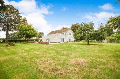 6 Bedrooms Detached House for sale in Stambridge, Rochford, Essex