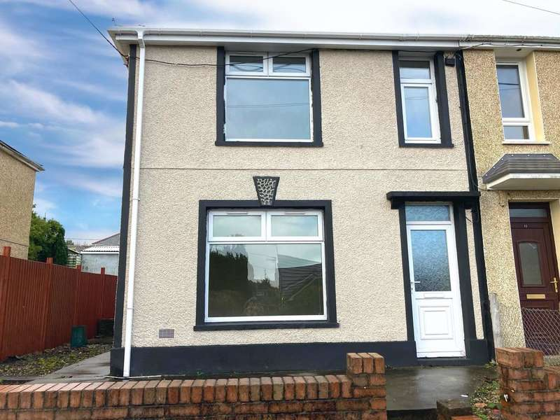 3 Bedrooms Semi Detached House for rent in Sycamore Avenue, TREDEGAR