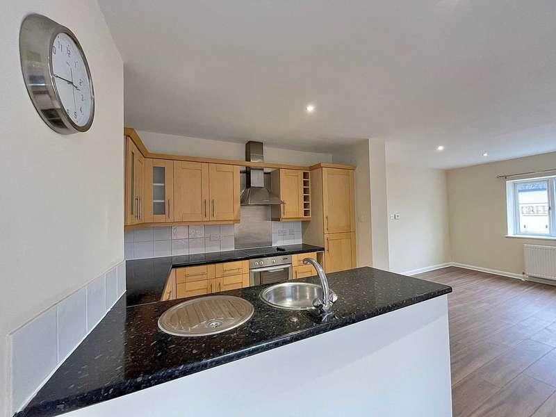 2 Bedrooms Maisonette Flat for rent in Tavistock Street, Bletchley