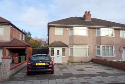 3 Bedrooms Semi Detached House for rent in Glyn Avenue, Bromborough