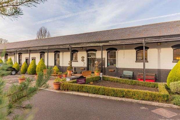 1 Bedroom Retirement Property for sale in Beaumont Village, Alexandra Road, Aldershot