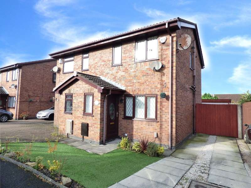 2 Bedrooms Semi Detached House for rent in Foxfield Drive, Hollinwood, Oldham, OL8
