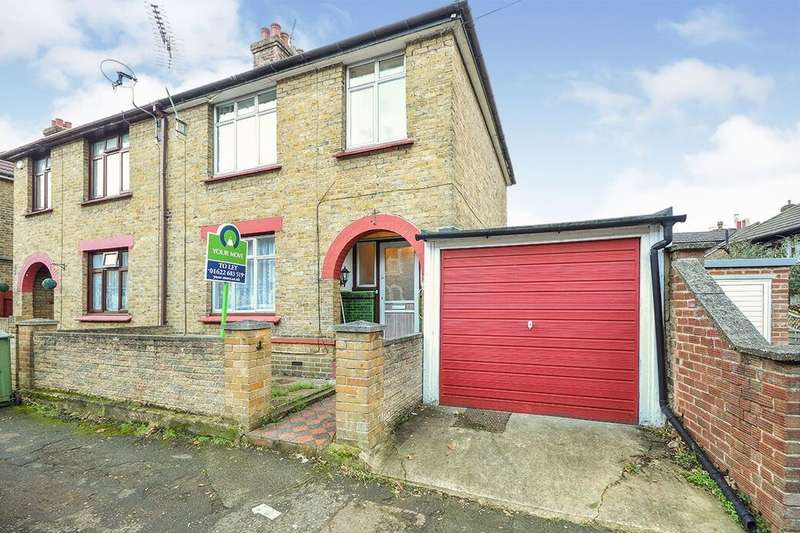3 Bedrooms Semi Detached House for rent in Waterlow Road, Maidstone, ME14