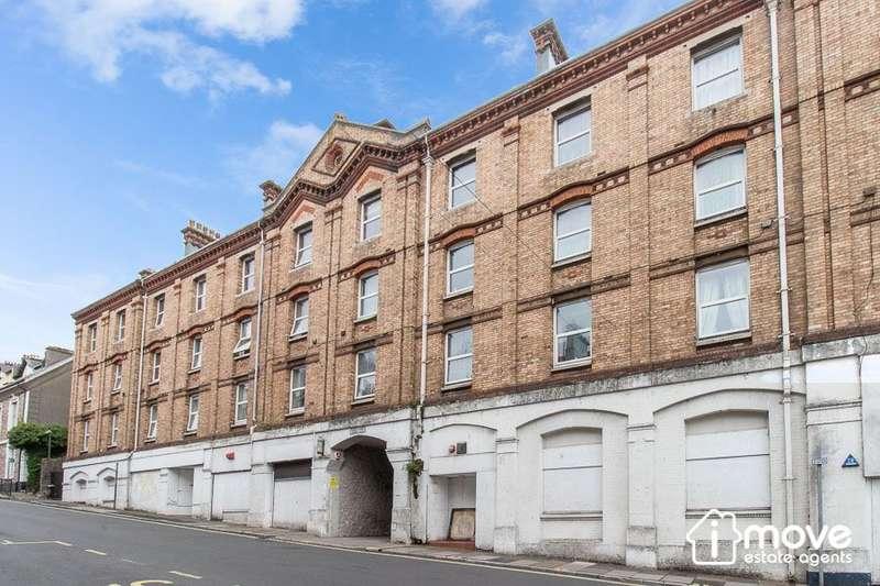 2 Bedrooms Apartment Flat for rent in Albert Court, Market Street, Torquay, TQ1